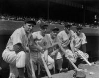 1938 monte pearson far right yankees with dimaggio