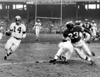1953 49ers rex berry tackling otto graham